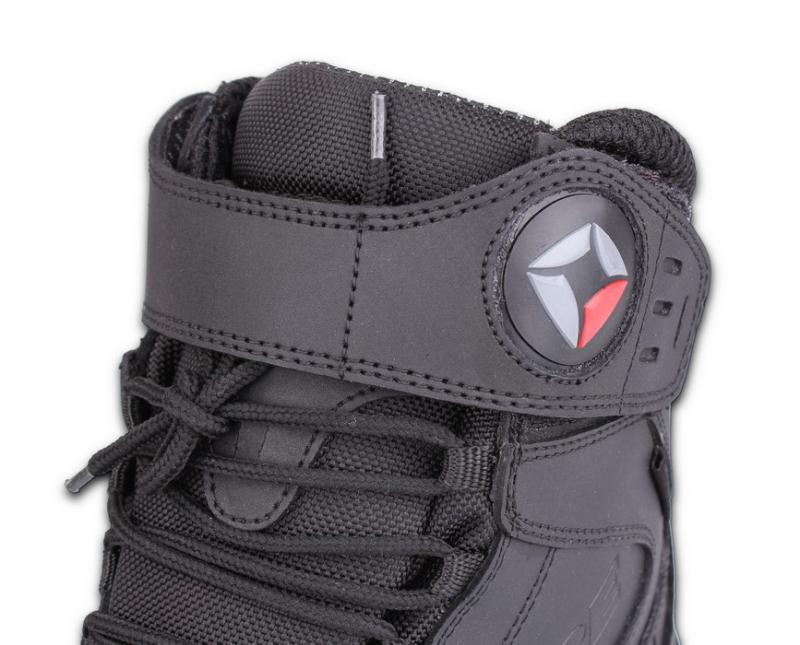 5ddbc0cfb443 ... Topánky na motocykel Kore Velcro čierne ...