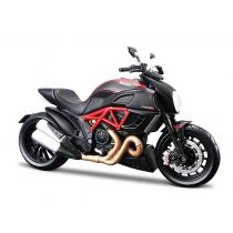 Model motocykla Maisto Ducati Diavel Carbon